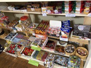 つばきのわのお店:駄菓子コーナー